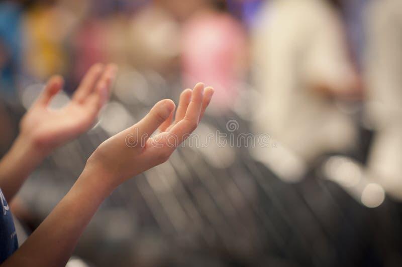 Ręki podnosić obrazy stock