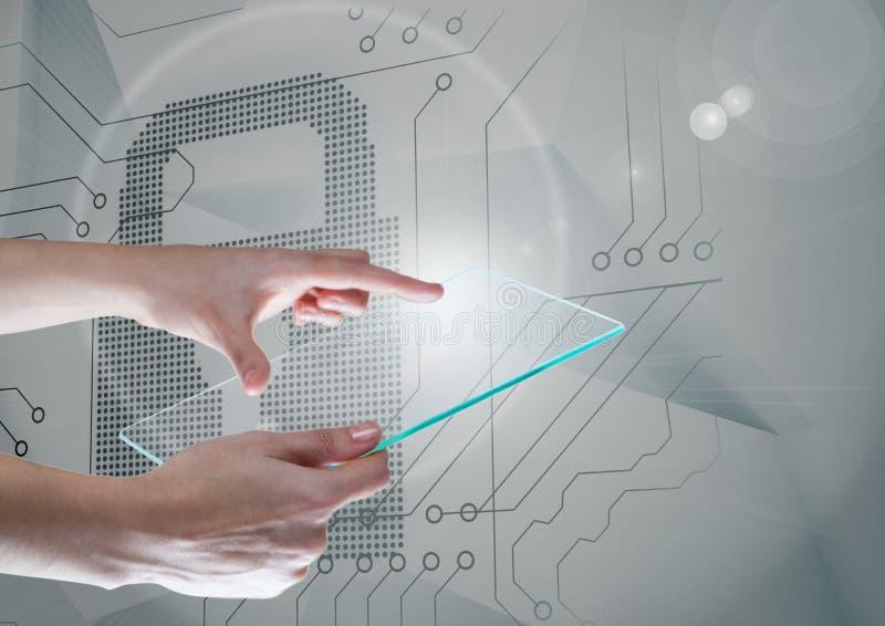 Ręki trzyma szkło ekran nad ochrona kędziorka obwodów interfejsem obraz stock