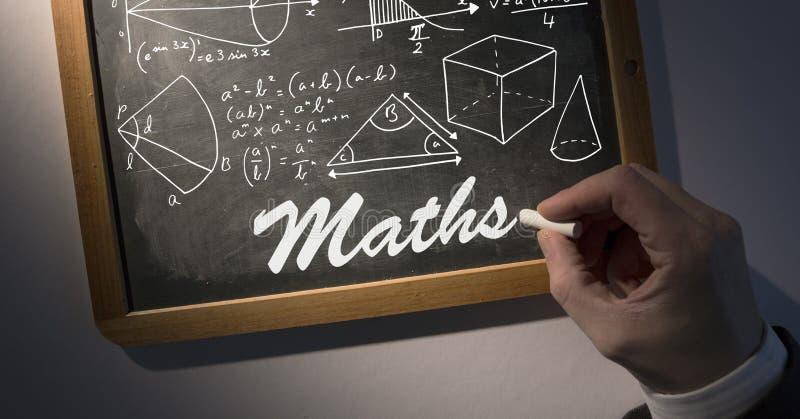 Ręki writing diagramy na blackboard i maths ilustracja wektor
