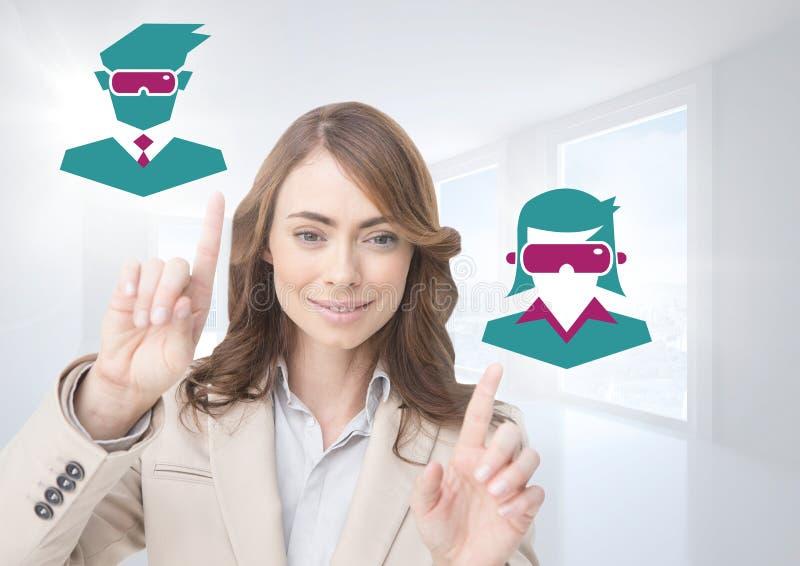 Ręki wskazuje z VR słuchawki ikon ludźmi zdjęcie stock