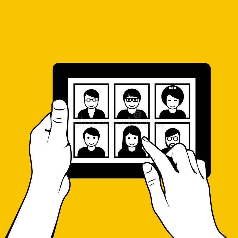 Ręki z pastylka komputerem osobistym - patrzejący przez fotografii ilustracji