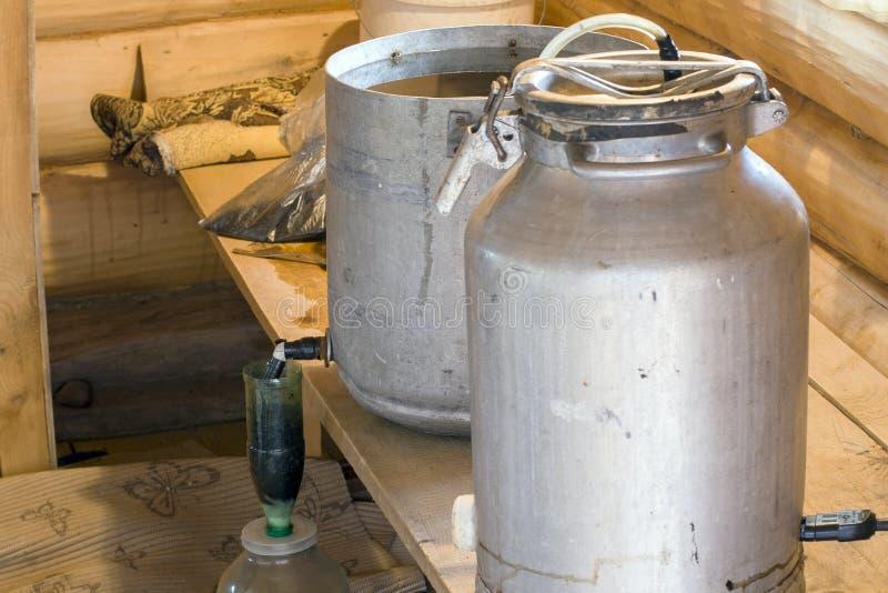Rękodzieło produkcja alkohol zdjęcie royalty free