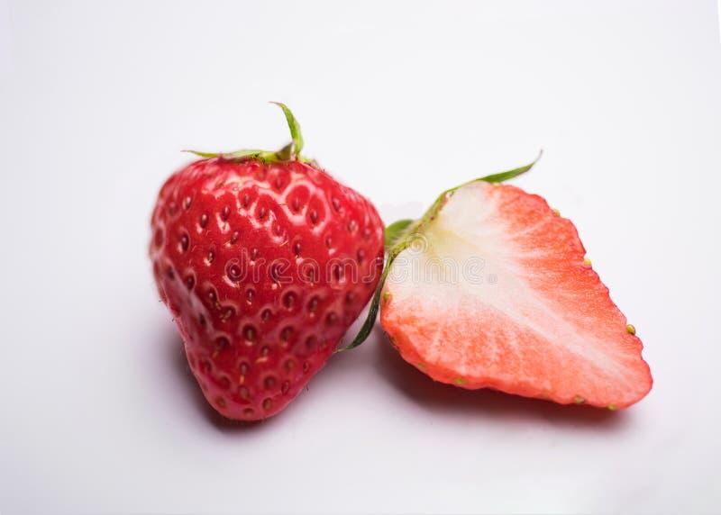 rżnięte świeże truskawki zdjęcie stock