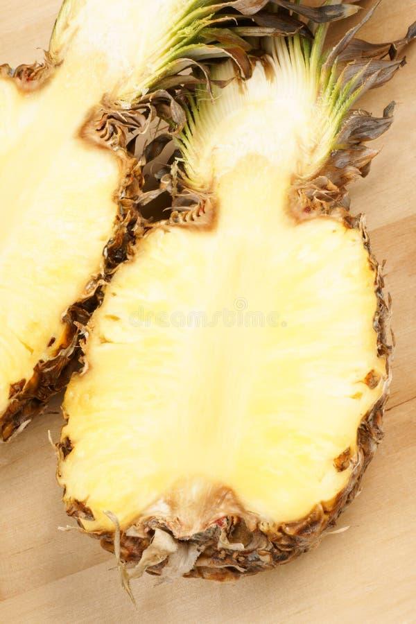 rżnięty przyrodni ananas fotografia stock
