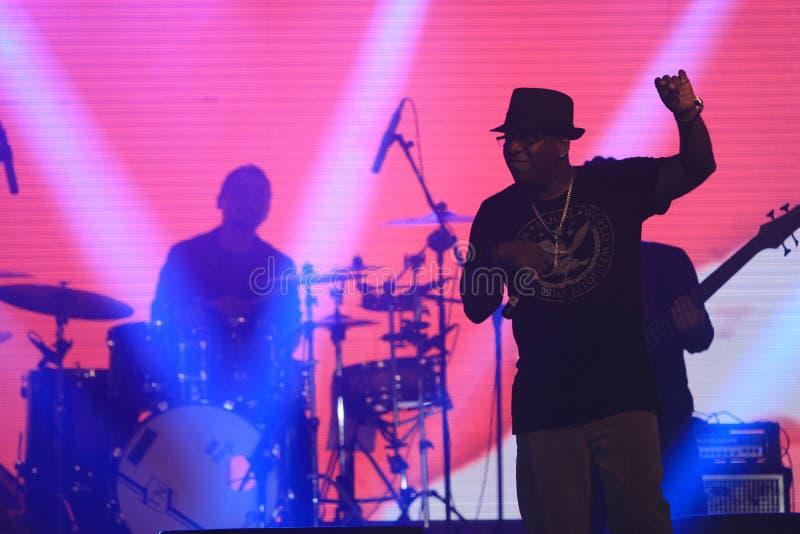 R & певица b стоковое фото