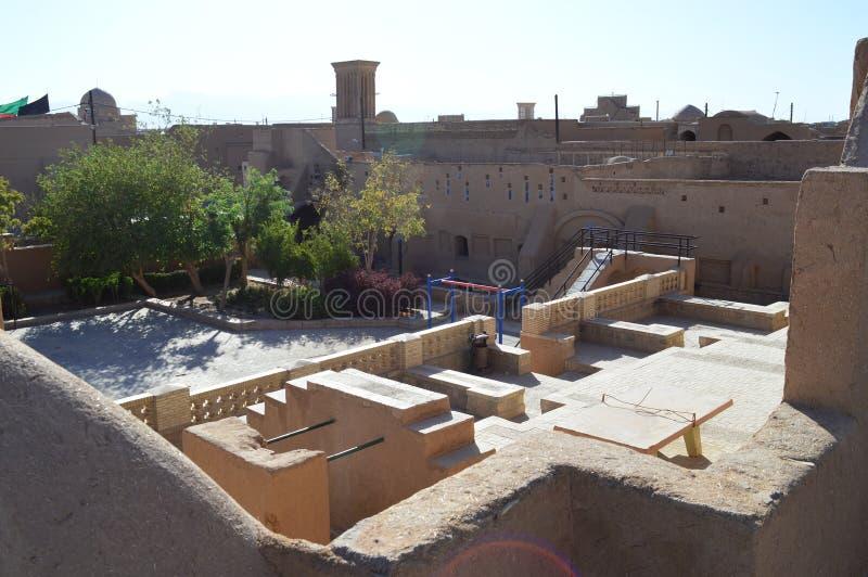 r Район двора в городе Yazd стоковые фото