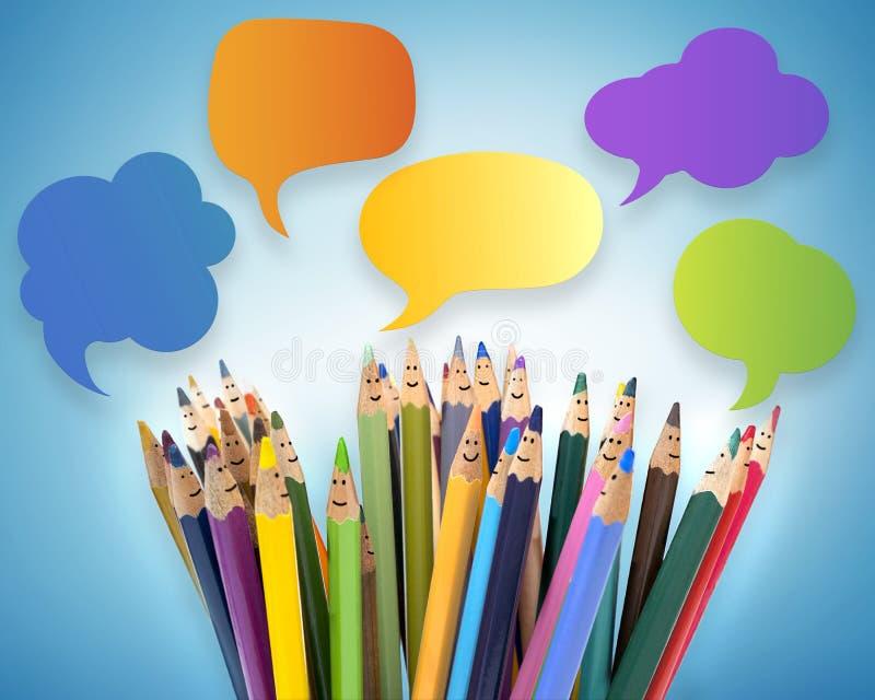 r 人微笑的色的铅笔滑稽的面孔 对话人 人群谈话 r ?? 免版税库存照片