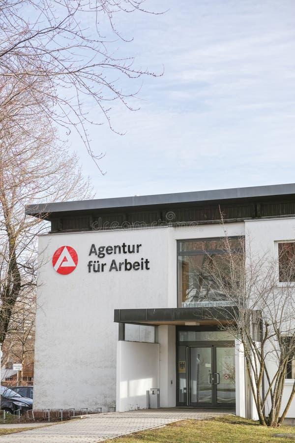 ¼ r Arbeit Holzkirchen del fà de Agentur imagen de archivo libre de regalías