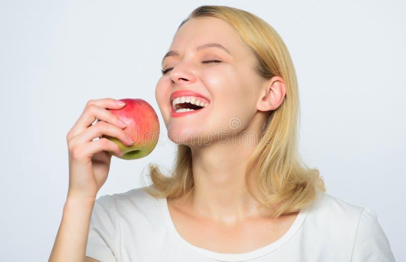 r Bakselappeltaart Heerlijke recepten r : Organische appel royalty-vrije stock foto