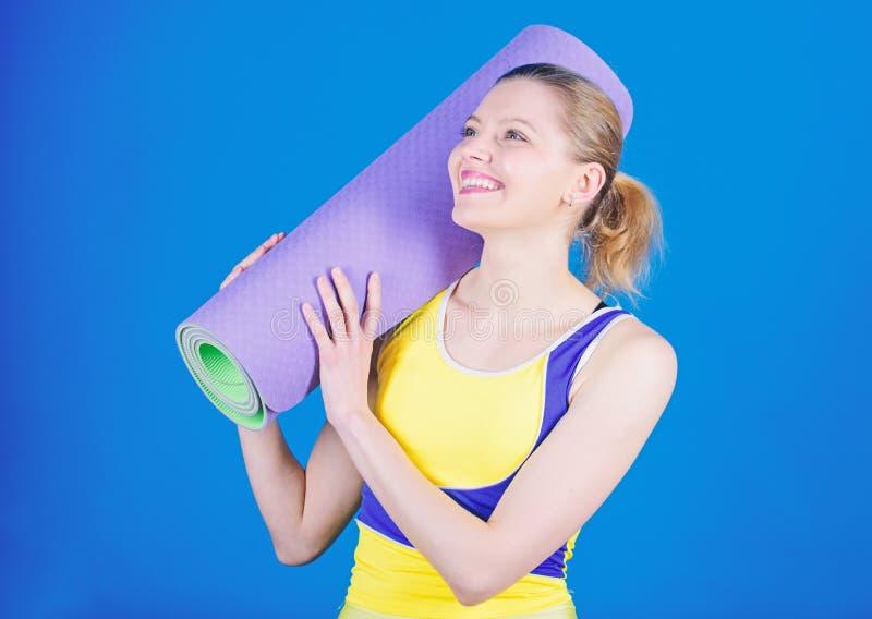 ?? ( ?? r r i 愉快的妇女锻炼与 图库摄影