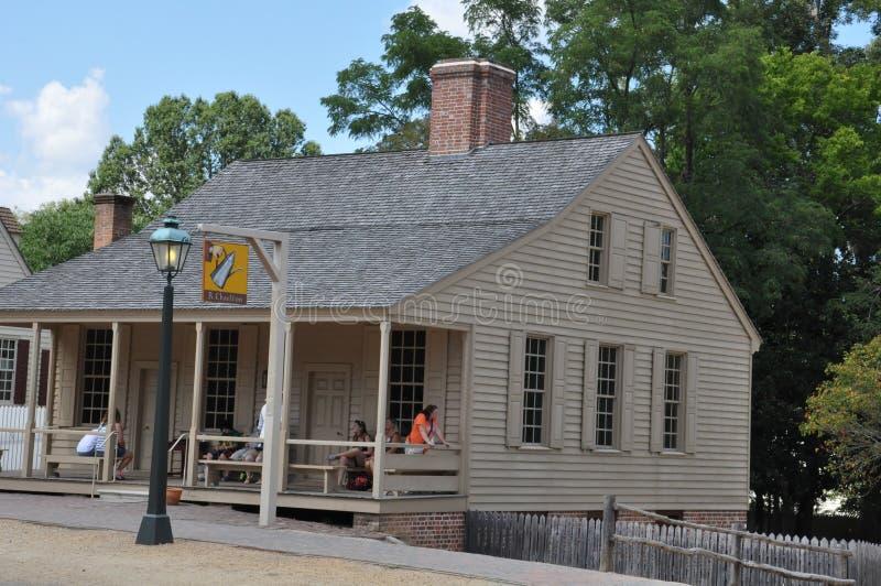 r Il caffè di Charlton in coloniale Williamsburg, la Virginia fotografia stock