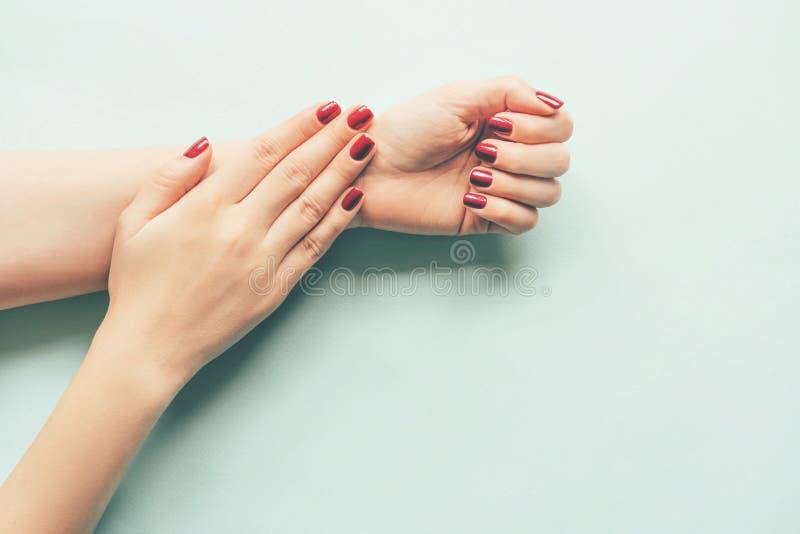 R?ki z manicure'em fotografia royalty free