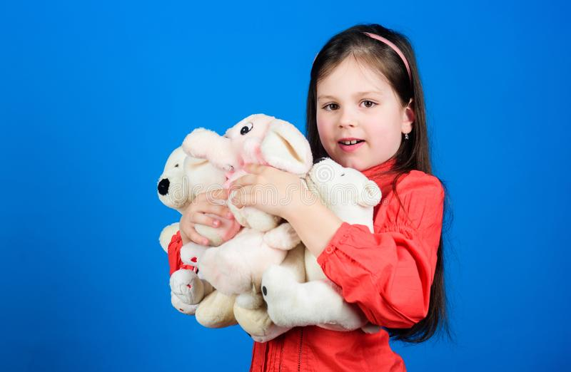 r r r o αγκάλιασμα μιας teddy αρκούδας E στοκ εικόνες