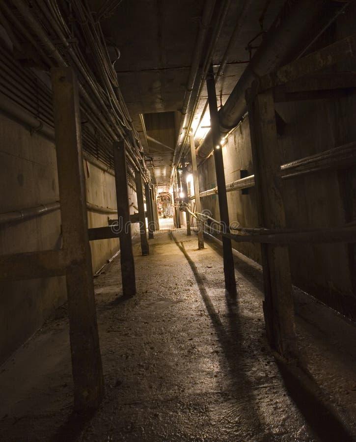 R112 Licht aan het eind van de tunnel royalty-vrije stock afbeelding