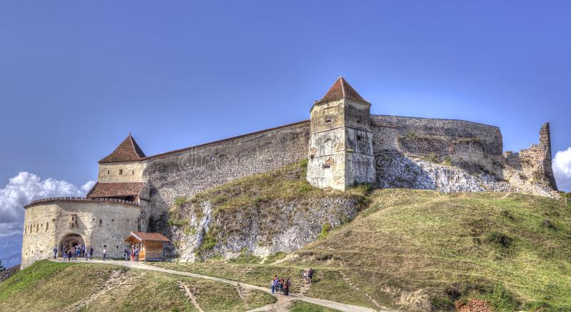 RaÅŸnov-Zitadelle in Rasnov stockfotos