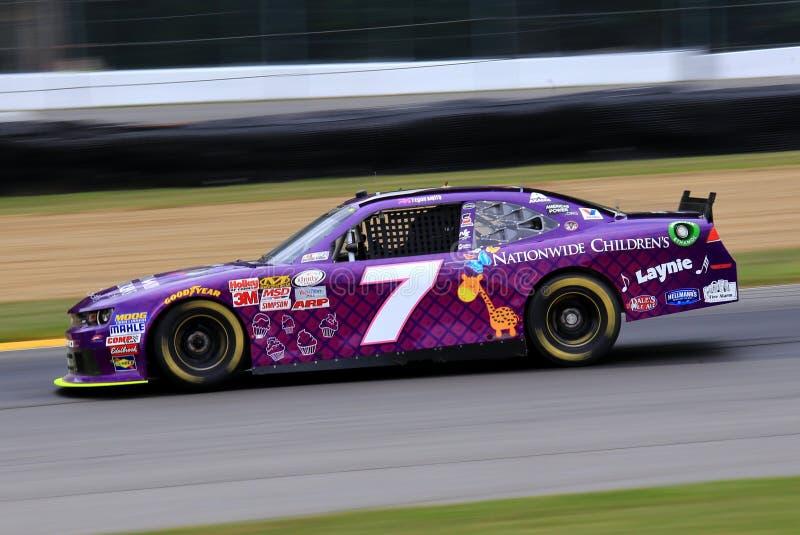 Raça de âmbito nacional do hospital de crianças NASCAR imagem de stock