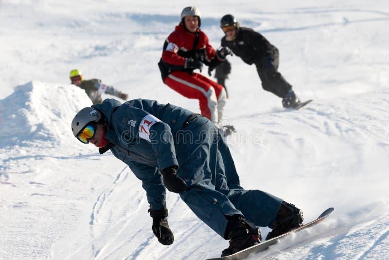 Raça extrema da snowboarding imagens de stock royalty free