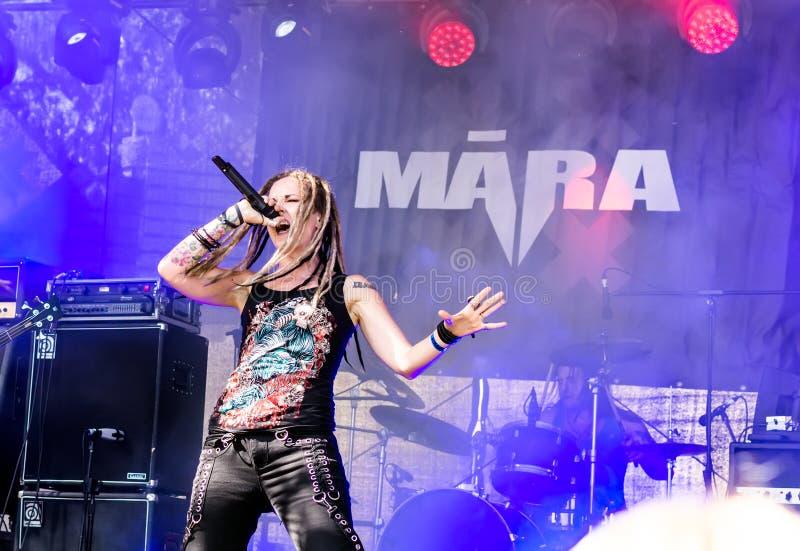 Ra expressif Lisenko de  du chanteur MÄ de Ra letton de  de la bande métallique MÄ photos libres de droits