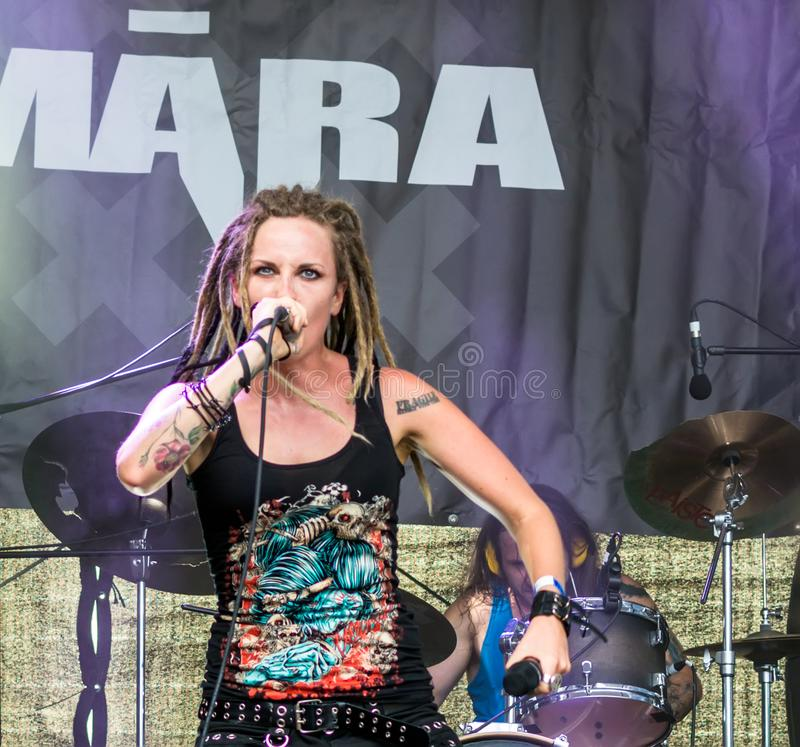 Ra Lisenko, chanteur voyant de  de MÄ de Ra letton de  de la bande métallique MÄ photos libres de droits