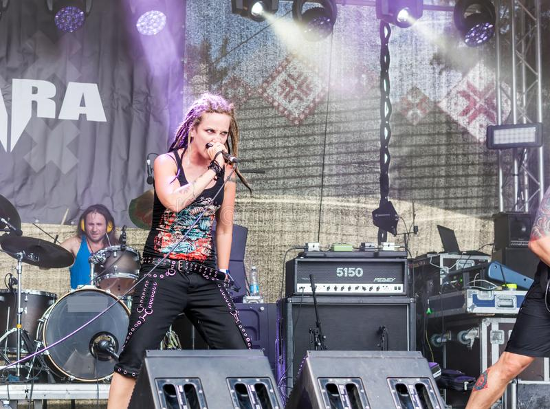 Ra Lisenko de  du chanteur MÄ de Ra letton de  de la bande métallique MÄ photographie stock