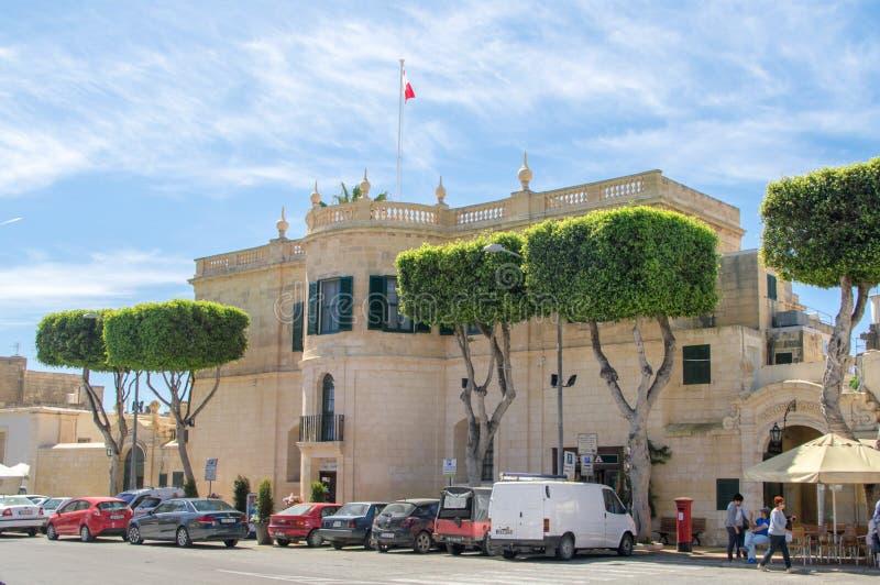 Rabat Malta - Maj 8, 2017: Departement för Gozo byggnad royaltyfri foto