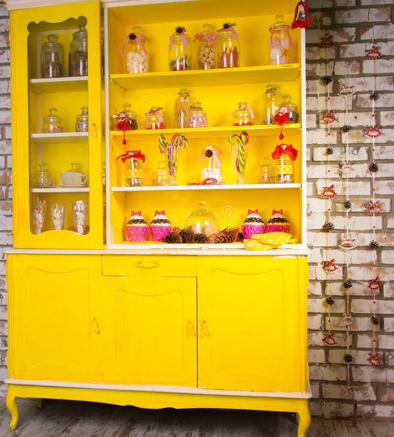 Raboteuse jaune lumineuse colorée de gallois image libre de droits