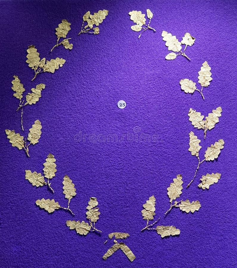 Raccolta del gioiello dell'oro al museo di storia di Bucarest fotografie stock