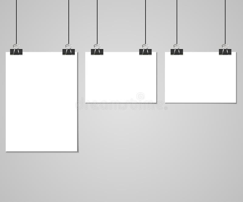 Raccolta di chiare liste di carta con il perno sui precedenti grigi Illustrazione di vettore royalty illustrazione gratis