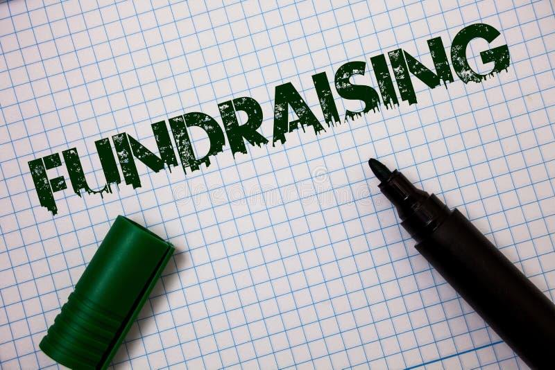Raccolta di fondi del testo di scrittura di parola Concetto di affari per la ricerca del contributo finanziario per i messaggi gr fotografia stock