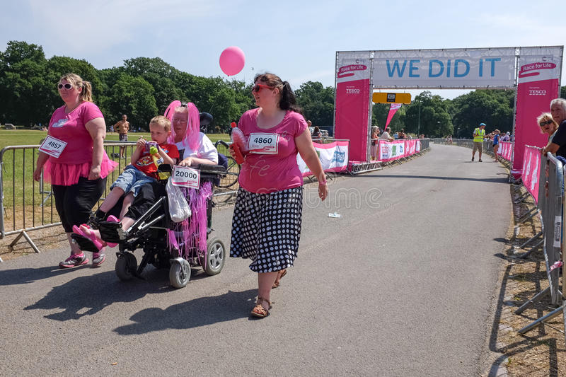 Download Race for Life editorial stock image. Image of fight, pink - 32267409
