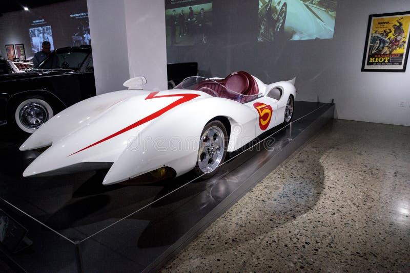 Racerbil för hastighet för Mach 5 för vit 1999 royaltyfri bild