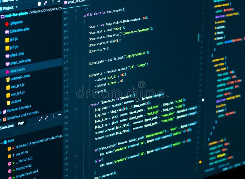 Rachadura do código do css e do PHP Código do roteiro do computador Código da programação de software que torna-se no editor do c fotografia de stock royalty free