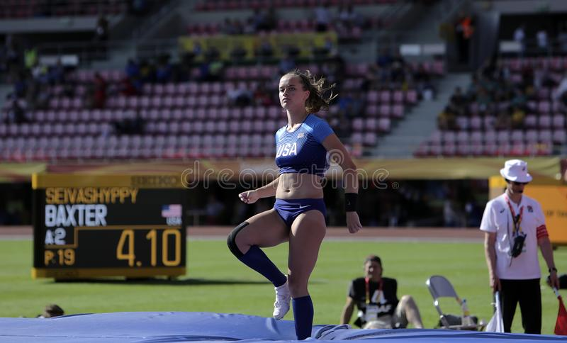 RACHEL BAXTER USA auf dem Stabhochsprungsereignis in der Meisterschaft Tampere, Finnland 10. IAAF-Weltu20 lizenzfreies stockfoto