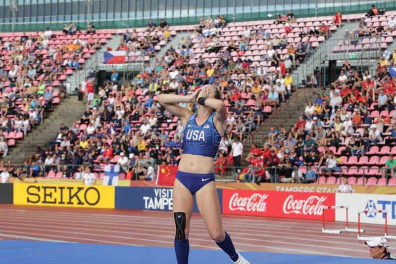 RACHEL BAXTER USA auf dem Stabhochsprungsschluß in der Meisterschaft Tampere, Finnland IAAF-Weltu20 am 12. Juli lizenzfreie stockbilder