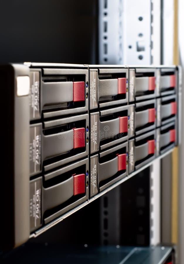 Rack-mounted Plattereihe stockfotos