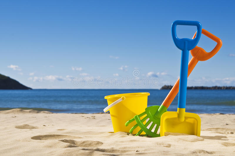 Download Rack spade and bucket stock photo. Image of summer, tide - 15154334