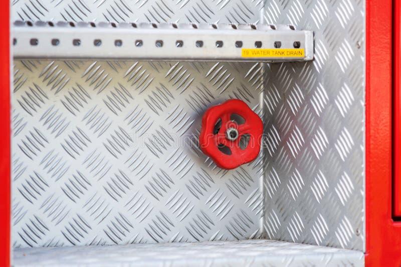 Rad-klep op brandvrachtwagen stock foto's