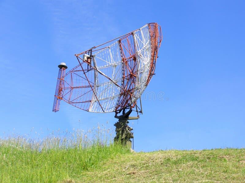 Download Radar de la defensa aérea foto de archivo. Imagen de guerra - 44853930