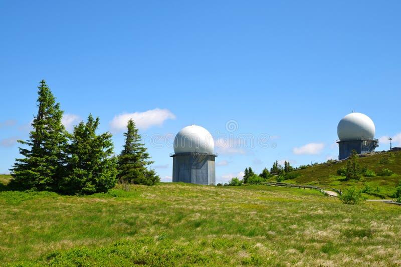 Radar em Arber mais bruto máximo em Bayerische Wald imagens de stock royalty free