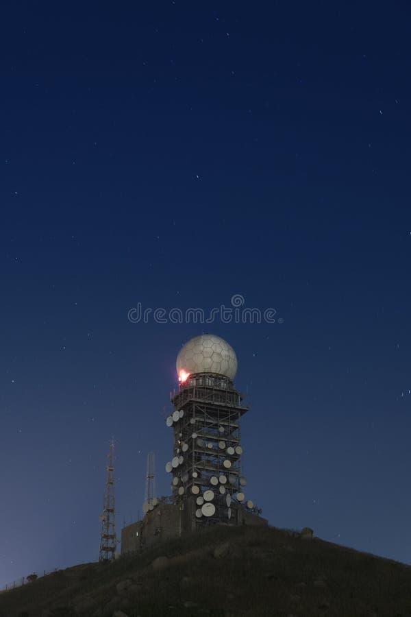 Radartorn royaltyfri fotografi