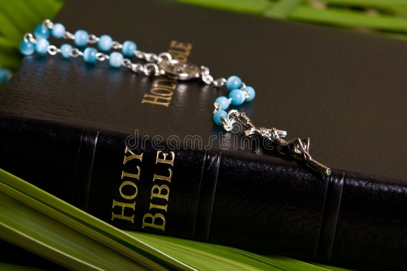 radband för bibelkristendomenhelgedom arkivfoto