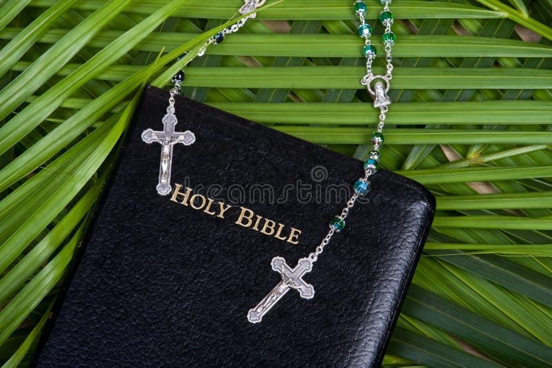 radband för bibelkristendomenhelgedom arkivbilder