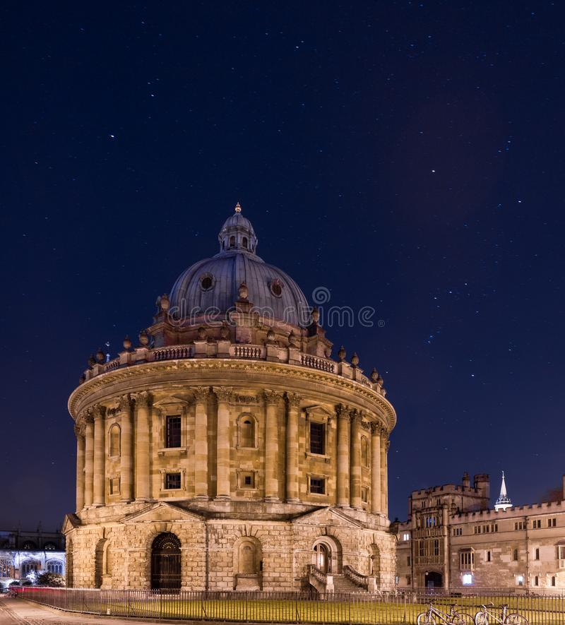 Radcliffecamera bij nacht, Bodleian-Bibliotheek, Oxford het UK stock afbeelding