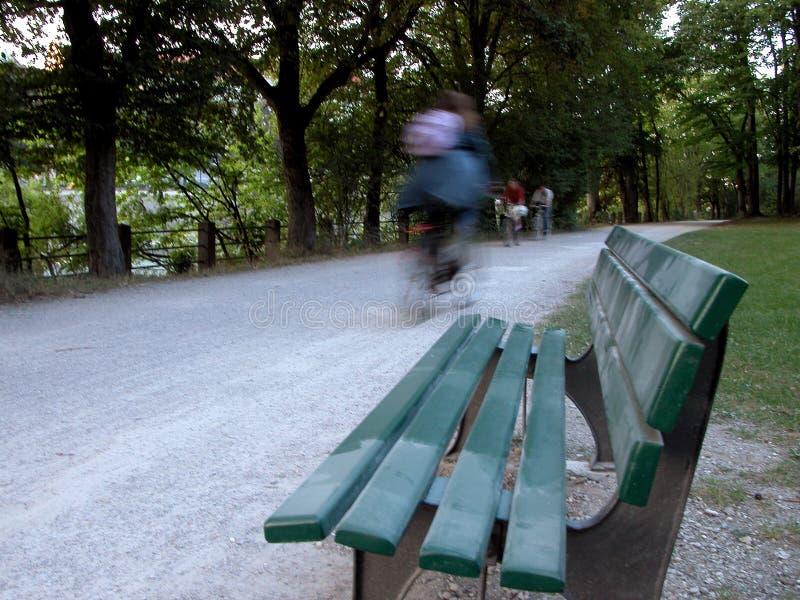 Download Radfahren stockbild. Bild von bewegung, unschärfe, fahrrad - 35357