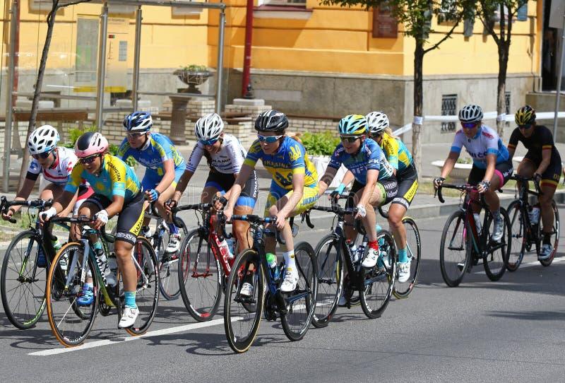 Radfahren: Horizont-Park-Rennfrauen-Herausforderung in Kyiv, Ukraine lizenzfreies stockfoto