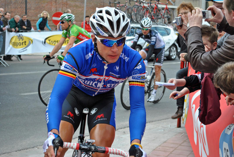 Radfahrer Devolder vor dem Anfang des Rennens lizenzfreies stockbild