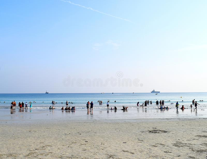 Radhanagar海滩、Havelock海岛、安达曼&尼科巴,印度-拥挤海滩 免版税库存图片