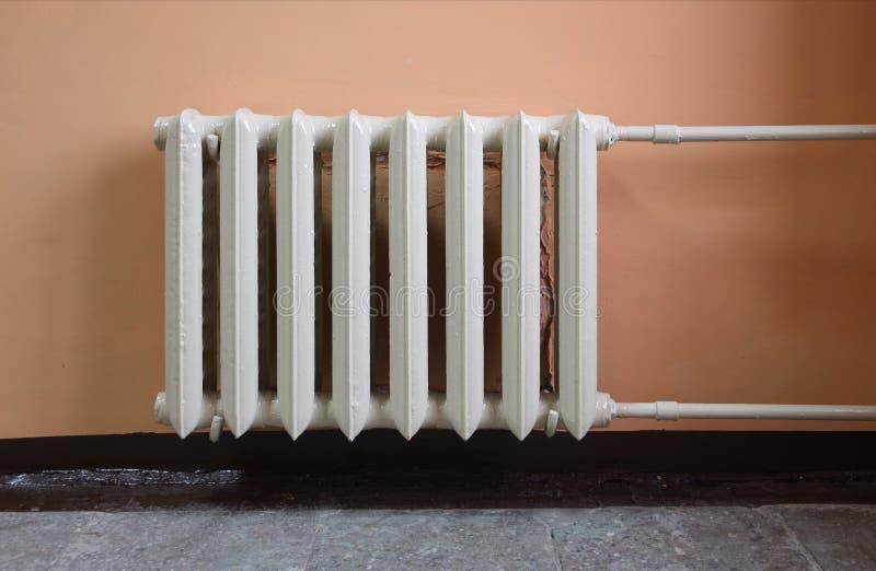 Radiador de la calefacción. foto de archivo