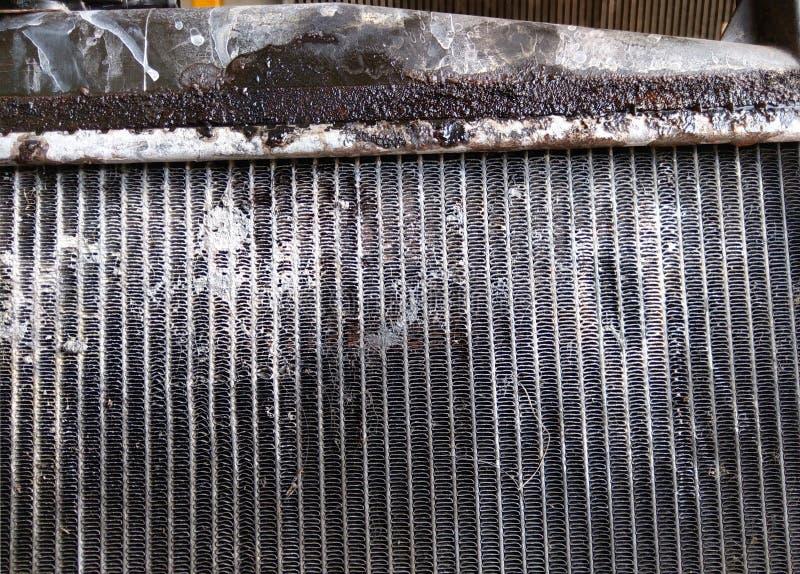 Radiador velho do condensador do carro fotos de stock royalty free