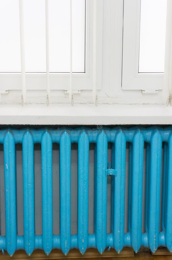 Radiateur bleu images stock